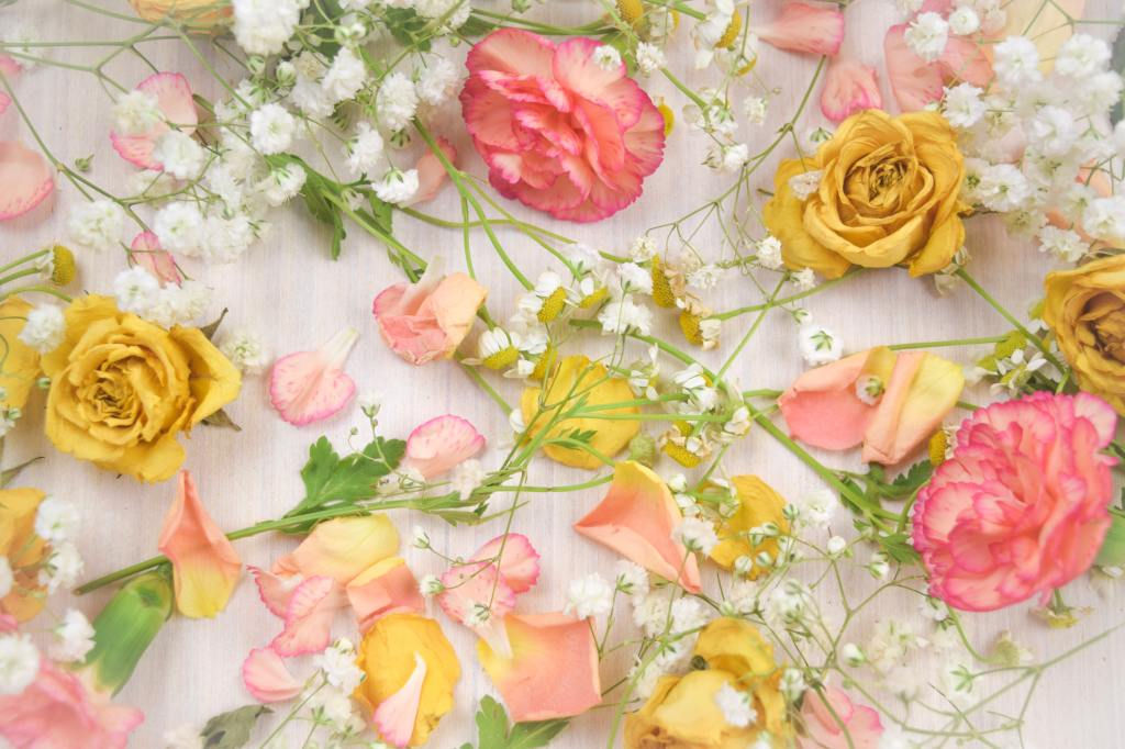 Green Manatee - How to create less waste for your wedding seasonal flowers
